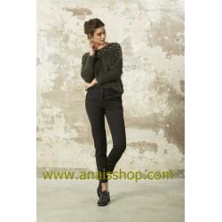 Pantalón con raya diplomática en color negro