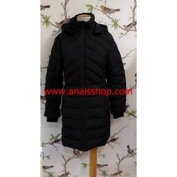 Parka larga en color negro con capucha