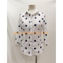Camisa camisera blanca con topos marino