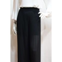 Pantalón negro plisado