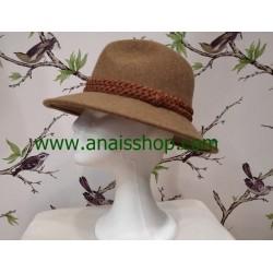 Sombrero fedora en color camel